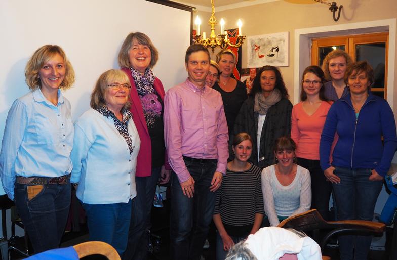 Unsere Mitarbeiter der Marien-Apotheke Siegsdorf bei der internen Fortbildung im Cafe Weinmüller